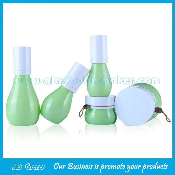 40ml,60ml,120ml New Design Glass Lotion Bottles and 50g,150g Glass Cream Jars With Cap