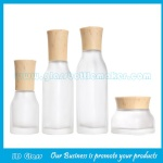 New Item Frost Square Glass Lotion Bottles & Glass Cosmetic Jars With Wood Caps For Skincare